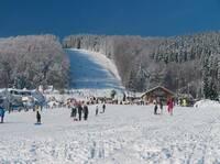 FIS Skisprung Weltcup und viele weitere winterliche Sport-Vergnügen bietet die Gemeinde Willingen