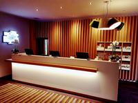 Eintauchen in eine neue Welt der Gastfreundschaft - Das Holiday Inn Düsseldorf – Hafen verwirklichte beim Umbau ein innovatives Konzept