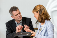 Hilfe, ich verstehe meinen Arzt nicht  Studie verweist auf Hörprobleme und medizinische Irrtümer