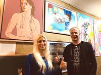Künstler und Sammler bei der Vernissage der PAKS Gallery in Wien