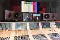 Übertragung gelungen: Broadcast-Monitore von PSI Audio in perfekten Stereo- und Surround-Systemen für Rundfunk- und Fernsehsender