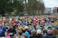Rund jeder 5. Läufer konsumiert Schmerzmittel / 12 wichtige Risikofaktoren von Freizeitsportlern