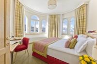 Hotel Schloss Pontresina - Bunte Ostertraditionen im Engadin
