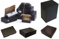 VarioColors präsentiert Naturpak Black Edition farbige Kartons