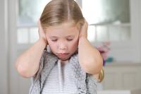 Launisches Aprilwetter: Erste Hilfe bei Ohrenschmerzen