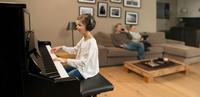 """""""Immer im Einklang mit Dir"""": Yamaha stellt auf der Musikmesse 2018 eine neue Generation von TransAcoustic und Silent Pianos vor"""