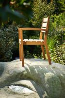 showimage Die richtige Pflege für Gartenmöbel aus Holz