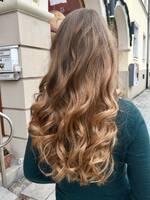 Friseur Tete à porter München Haidhausen: Tipps und neue Haartrends für den Sommer. So schützen Sie Ihr Haar vor der Sonne.