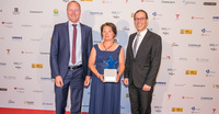 showimage Franchisegründer-Preis 2018 für Annette Meyer von Town & Country Haus