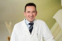 Zahnarzt für Karlsruhe: Selbstbewusst durch Zähne bleichen