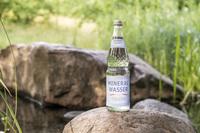 Alles unter Kontrolle - von der Mineralwasser-Quelle bis in die Flasche