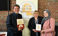 """""""Aufeinander zugehen - gemeinsam Schätze teilen"""" mit dem Comenius-EduMedia-Siegel ausgezeichnet"""