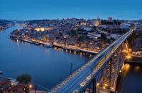 Törtchen, Tanz und Douro-Tal - Jahreswechsel in Porto feiern