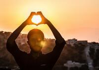 Wann ist ein Mann verliebt? | 11 Anzeichen für Liebe
