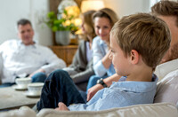 Gutes Hören ist Grundvoraussetzung für den Lernerfolg  FGH Experten raten zu regelmäßigen Hörtests auch für Schulkinder und Jugendliche