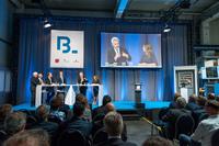 NRW Wirtschaftsminister Pinkwart zum Informationsbesuch bei Blumenbecker