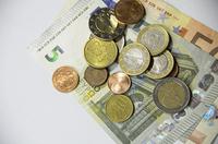 ProService informiert: Historische Niedrigzinsen bringen die Versicherer in Bedrängnis
