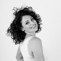 Sarah Kaspar - Sängerin