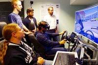 Mehr Drive durch Flexibilität - einzigartiger Fahrsimulator entwickelt