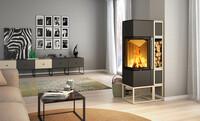 Feuer und Stahl: Flammen in kubistischen Quadern