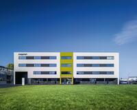 ZF übernimmt 35 Prozent der ASAP Holding GmbH mit über 1.100 Mitarbeitern an elf Standorten