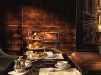 AFTERNOON TEA IM HOTEL DE ROME