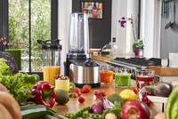 Luft raus, Power rein: Der neue Krups Freshboost Vakuum Standmixer to go bewahrt Vitamine von Obst und Gemüse