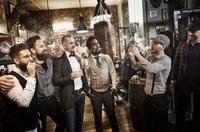 Männerabend mit Cutter & Schere