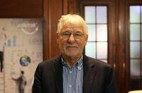 Gerhard Roth erhält den Life Achievement Award der Weiterbildung