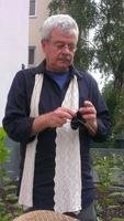 Textilgeschichte: Frankfurter strickt für niederländisches Forschungsprojekt