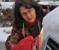Verschneite Autoscheinwerfer: Geldbuße möglich