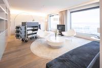 Housekeeping im Anflug - Wanzl Hotel Service im Radisson Blu Hotel Zurich Airport