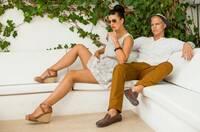Modische Schuhe Übergrößen für Damen und Herren
