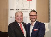 Kinderhilfestiftung wählt einstimmig neuen Vorstand: Dr. Michael Henning folgt auf Bruno Seibert als 1. Vorsitzender