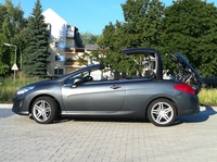 SmartTOP enables convertible top control via remote for all Peugeot CC models