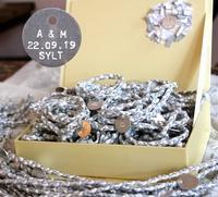 Stylishes Band zum Bund des Lebens: Personalisierte Boho-Armbänder von SYLT BOHEME