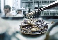 IWC unterstützt Qualität der Luxusuhren mit MES- und CAQ-Software der SCIIL AG