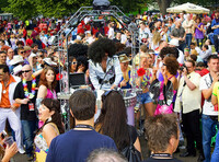 showimage Danceparader - die kleinste mobile Disco über Ellen Kamrad buchen.