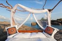 Enchanting Travels:   Schlafen unter freiem Himmel - die schönsten Sternbetten in Afrika