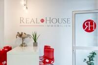 Real House Immobilien - Das Maklerbüro in Köln mit dem Auge fürs Detail