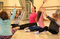 Tanzen, singen, konstruieren: Kita-Kinder erleben Kulturwelten