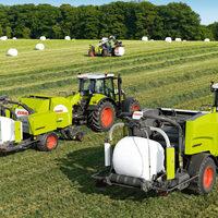 Neue CLAAS Ballenpresse und Mäher bei Scotgrass zu sehen