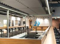Fabrik N°09: Modernes Bürokonzept in ehemaliger Fabrik