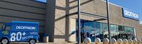 Retail on Smartphone - NewStores Omnichannel System ersetzt traditionelle Kassen:  Weltgrößter Sportartikel-Einzelhändler Decathlon setzt bei globaler Expansion auf bargeldlose Filialen