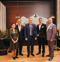 UTLC ERA und Hellmann bauen Zusammenarbeit aus