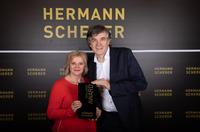 showimage Sabine Passlack holt internationalen Speaker Award und Weltrekord