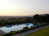 Premiere - Sommer Seminar für Makler im Schwimmbad