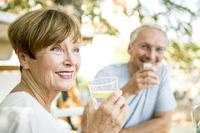 Sommerhitze: Was müssen Herzpatienten beachten? - Saisonale Verbraucherinformation der DKV