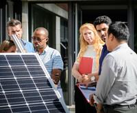 Klimaschutz finanzieren - Ausgezeichnetes Trainingsangebot für Finanzierer startet jetzt auch in Deutschland
