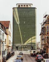 Boris Becker - Hochbunker. Photographien von Architekturen und Artefakten